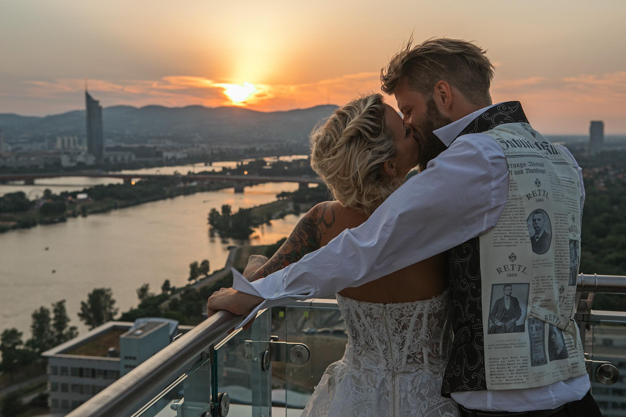 Hochzeitsfotografie Outdoor mit Braut & Bräutigam